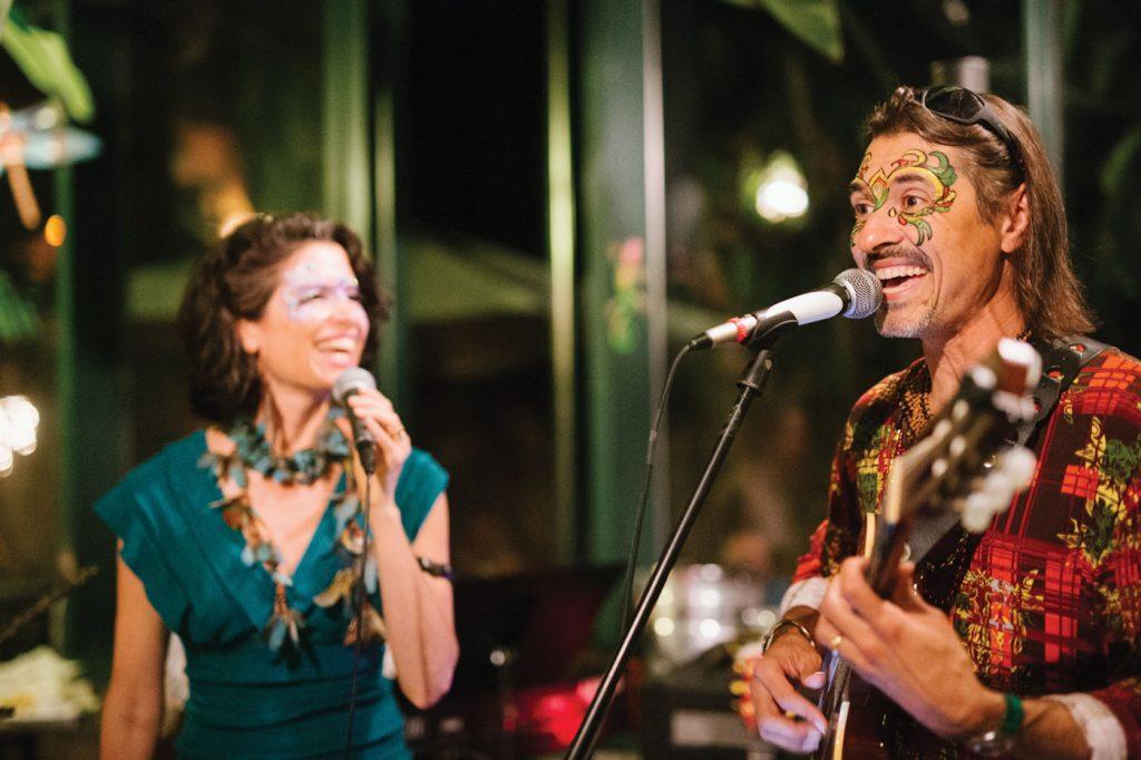 Charlottesville duo musicians