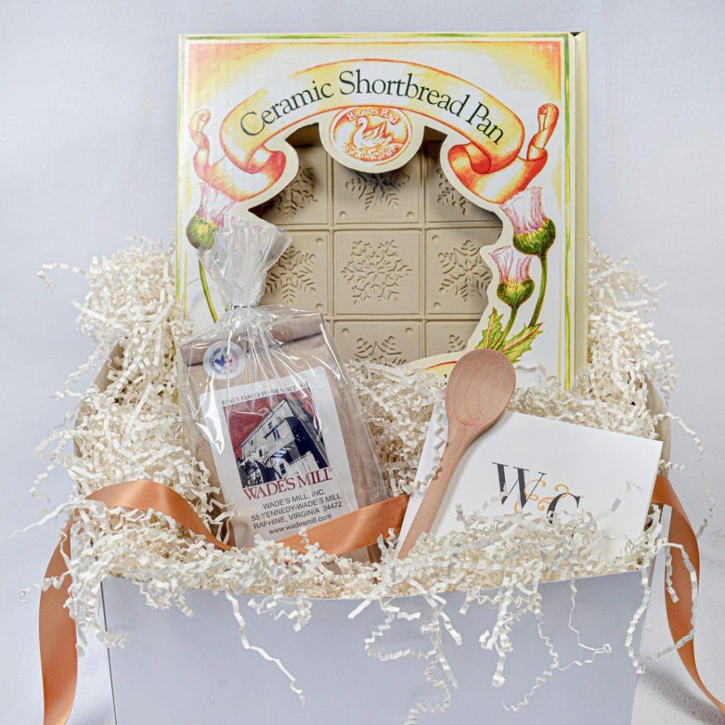 Ceramic shortbread pan gift basket