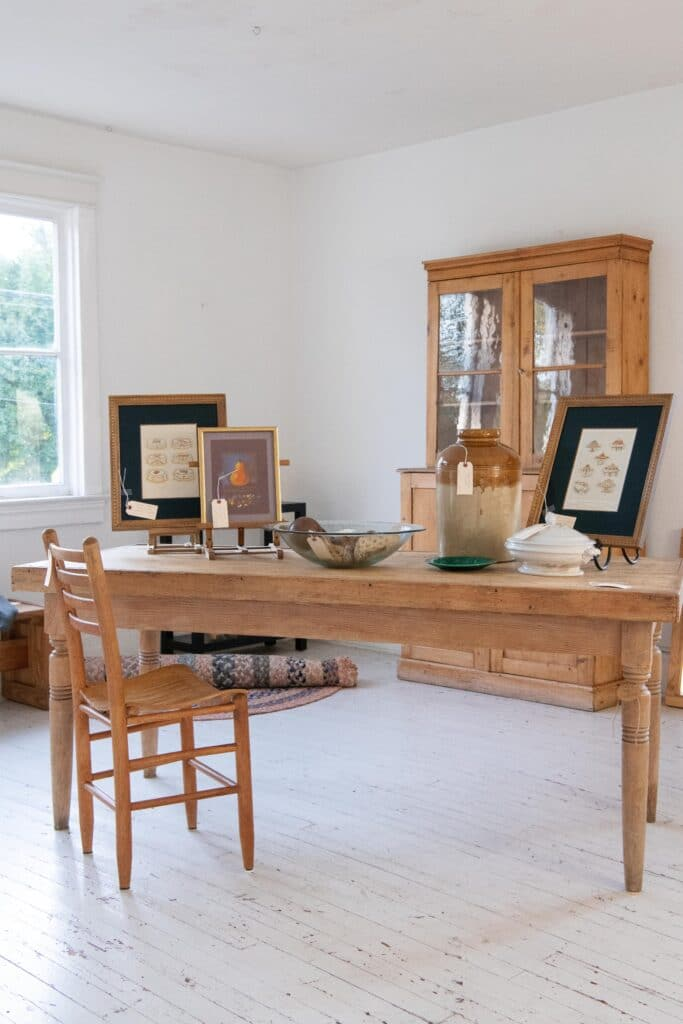 Lucketts Store, Image by © RL Johnson for Wine & Country Life