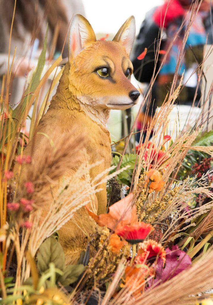 Montpelier Hunt Races fox decor, Image: © Wine & Country Life