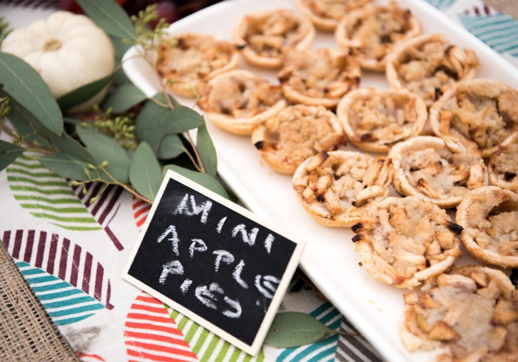 mini apple pies Montpelier Hunt Races, Image by © RL Johnson for Wine & Country Life